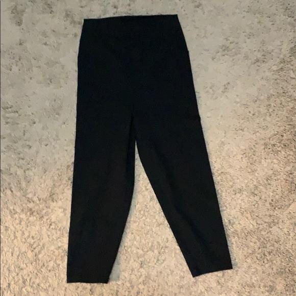 Nordstrom Pants - Nordstrom black crop workout/lounge leggings.